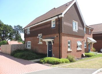 Thumbnail Room to rent in Allbrook Close, Bagshot