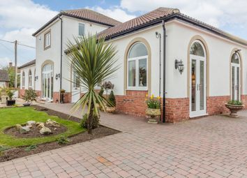 Thumbnail 3 bed country house for sale in Chestnut Close, Newark, Nottinghamshire