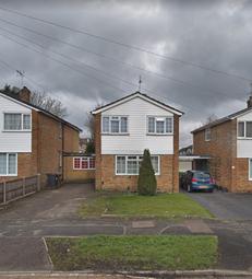 Thumbnail Room to rent in Stratfield Road, Borehamwood