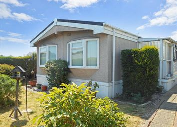 Thumbnail 2 bed mobile/park home for sale in Lower Dunton Road, Brentwood, Essex