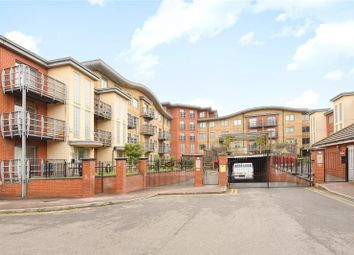 Thumbnail 1 bedroom flat for sale in Quadrant Court, Jubilee Square, Reading, Berkshire