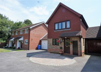 Thumbnail 3 bed link-detached house for sale in Juniper Road, Farnborough