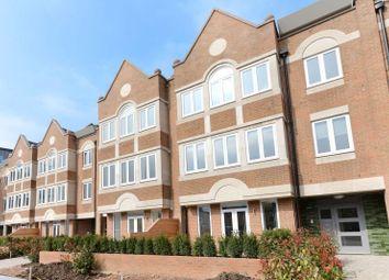 Thumbnail 2 bed flat to rent in Ealing Green, Ealing