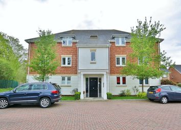 2 bed flat for sale in Lakeside Drive, Chobham, Woking GU24