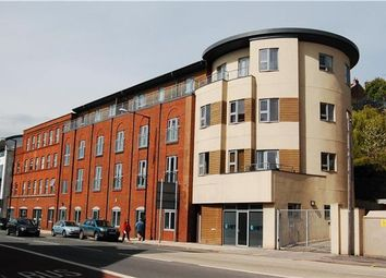 Thumbnail 1 bed flat to rent in Harbours Edge, Hotwell Road, Bristol