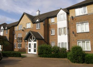 Thumbnail 2 bedroom flat to rent in Cotswold Way, Worcester Park, Surrey