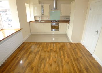 Thumbnail 2 bed flat to rent in Lewis Road, Sidcup