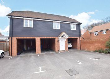 Thumbnail 2 bed maisonette to rent in Redstart Croft, Bracknell, Berkshire
