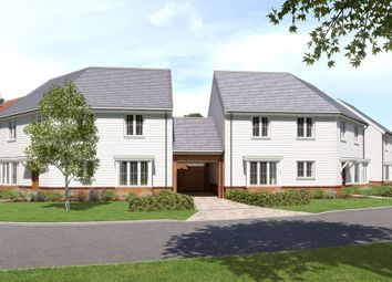 Thumbnail 4 bed link-detached house for sale in Horsham Road, Pease Pottage, Crawley