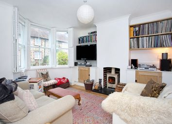 Thumbnail 3 bed property to rent in Hyde Close, Winchester