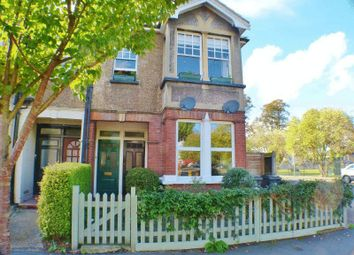 2 bed maisonette to rent in Auckland Road, Kingston Upon Thames KT1