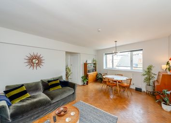 Sunnyside, London NW2. 2 bed flat