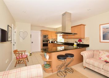 5 bed detached house for sale in Chapmans Place, Ulcombe, Maidstone, Kent ME17