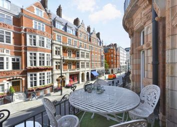 Thumbnail 1 bedroom flat for sale in Mount Street, London