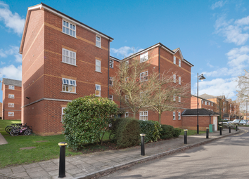 Elderfield Place, Tooting, London SW17. 2 bed flat for sale
