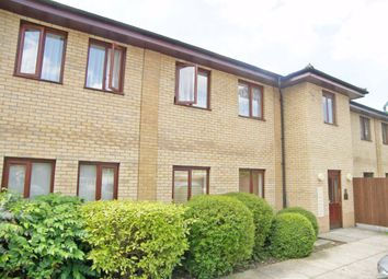 Thumbnail 2 bed flat to rent in Cleeve Way, London