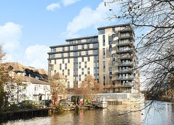 Thumbnail 2 bed flat for sale in Kennet House, Kings Road, Reading