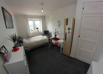Thumbnail 4 bed shared accommodation to rent in Ellsworth Street, London