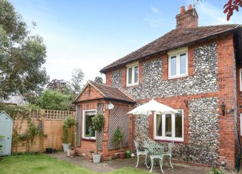 Thumbnail 2 bed cottage for sale in Henley-On-Thames, Oxfordshire