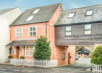 Thumbnail 2 bed flat to rent in School Lane, Kenilworth