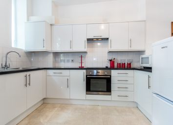 Thumbnail 1 bed flat to rent in Prospect House, Heathfield Terrace, Chiswick