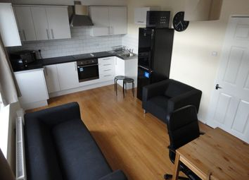 Thumbnail 4 bed flat to rent in Watney Market, London