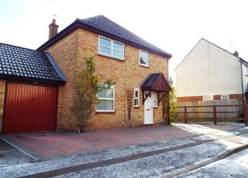 Thumbnail 4 bed detached house for sale in Chalkdown, Stevenage, Hertfordshire, England