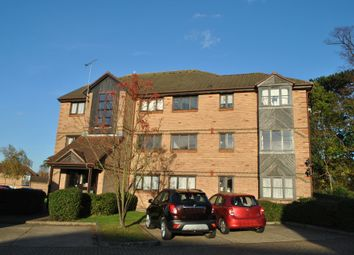 Thumbnail 2 bedroom flat to rent in Bornedene, Potters Bar