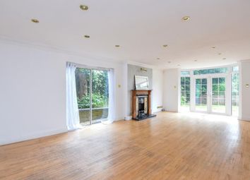 Thumbnail 3 bed flat to rent in Clarence Court, North Finchley
