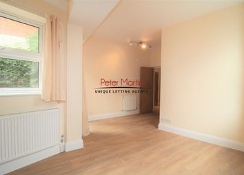 2 bed maisonette to rent in Chapter Road, Willesden NW2