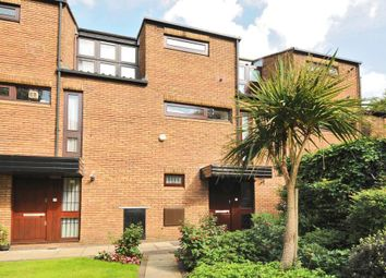Thumbnail 1 bed town house for sale in West Hill Park, Highgate N6,