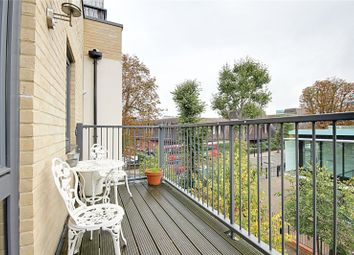 Thumbnail 1 bed flat to rent in Cecil Road, Enfield