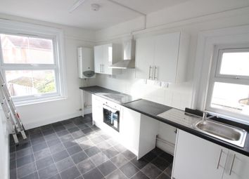 Thumbnail 4 bed triplex to rent in Southbourne Grove, Bournemouth