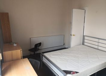 Room to rent in Green Street, Fallowfield M14