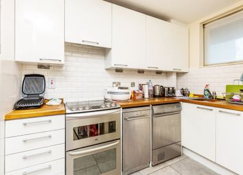 Thumbnail 3 bed flat to rent in Phoenix Road, Kings Cross