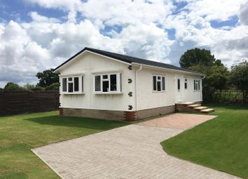 Moor Close, Whitehill, Bordon GU35. 2 bed detached bungalow