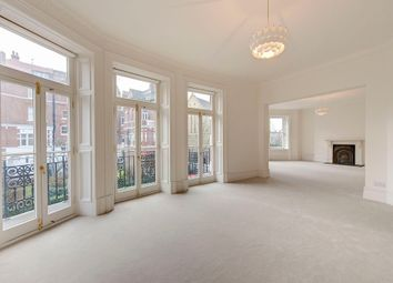 Thumbnail 3 bed flat to rent in Cadogan Gardens, London