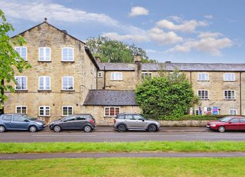 Thumbnail 1 bed flat for sale in Woodgreen, Witney