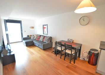 Thumbnail 1 bed flat to rent in High Street, Slough, Berkshire