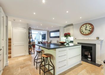 Thumbnail 3 bed town house for sale in Walton Street, London