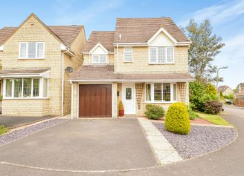 Thumbnail 3 bed detached house for sale in Chedworth Drive, Witney