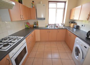 Thumbnail 3 bed flat to rent in Lugard Road, Peckham