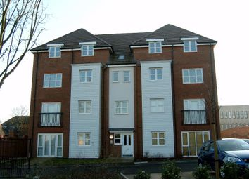 Thumbnail 2 bedroom flat to rent in Shottery Close, Ipsley, Redditch Worcs.