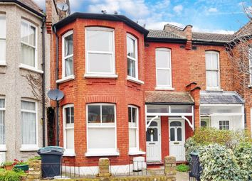 Thumbnail 2 bedroom flat for sale in North View Road, Crouch End, London