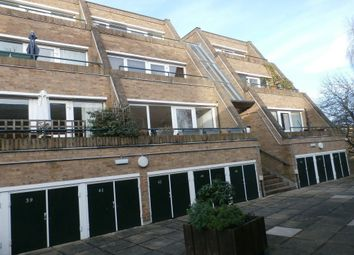 Thumbnail 3 bed flat to rent in Malcolm Place, Cambridge