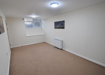 Thumbnail 2 bed flat to rent in Brackendale Lodge, Brackendale, Bradford