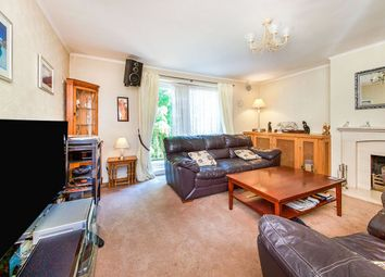 Thumbnail 3 bed flat for sale in Surrey Street, London