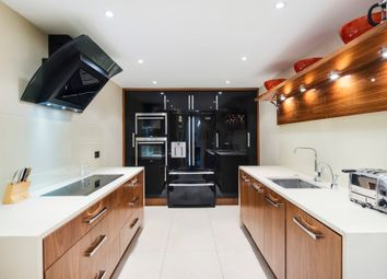 Thumbnail 3 bedroom flat to rent in Thames Quay, Chelsea Harbour, London