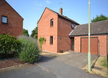 Thumbnail Semi-detached house to rent in Morrells Close, Didcot, Oxfordshire
