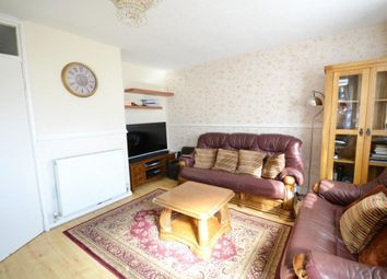 2 bed maisonette to rent in Mostyn Grove, London E3